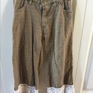 Persnickety girls trousers